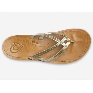 $90 OluKai U'l Sandal Bubbly Sahara Sz 10